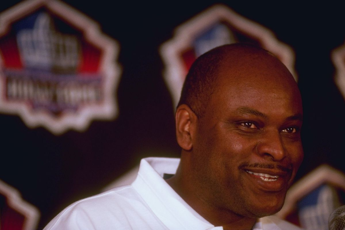 Dwight Stephenson's induction into the NFL Hall of Fame in 1998.