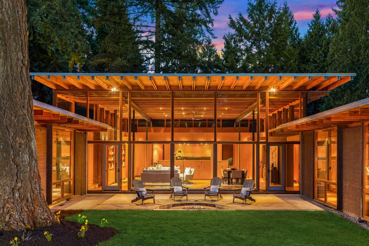 Picture of: Treehouse Like Contemporary Asks 5 2m Near Seattle Curbed