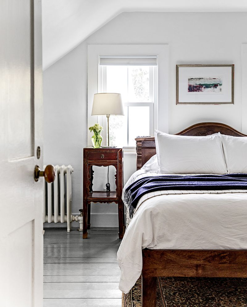 a Cape Cod-style remodel in Cumberland Foreside, ME, guest bedroom