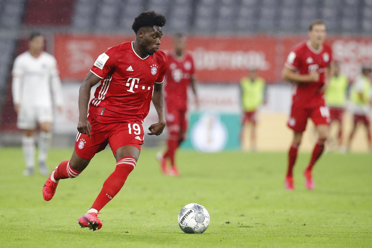 FC Bayern München v Eintracht Frankfurt - DFB Cup