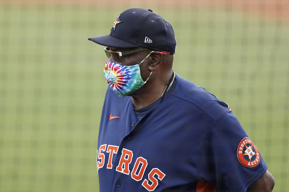 Astros manager Dusty Baker is 12th all-time in wins with 1,987.