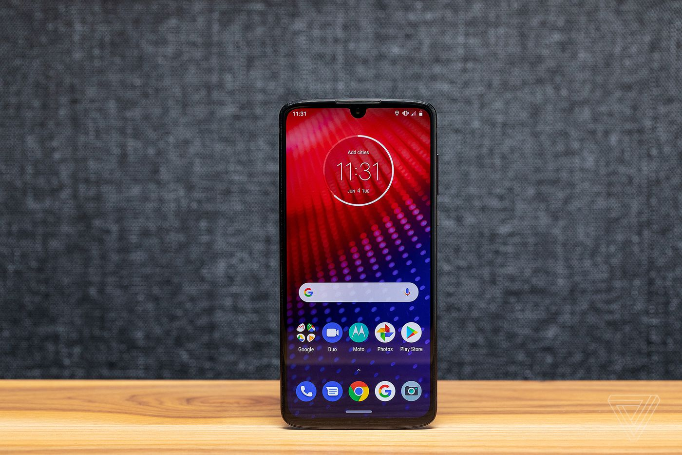 Motorola Moto Z4 review: lost in the crowd - The Verge