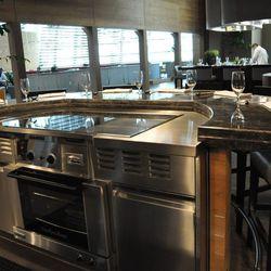 The teppan grill at Tetsu.