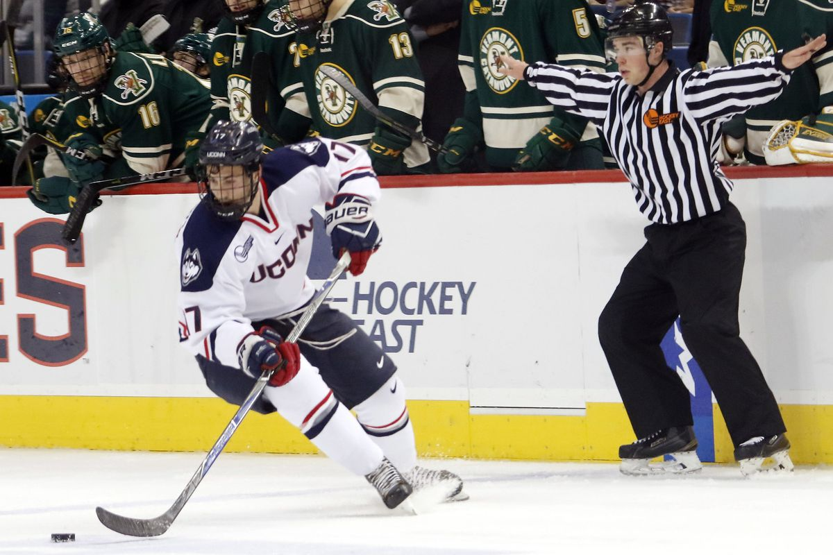 The UConn Huskies take on the Vermont Catamounts in a men's college hockey game at the XL Center in Hartford, CT on November 3, 2017.