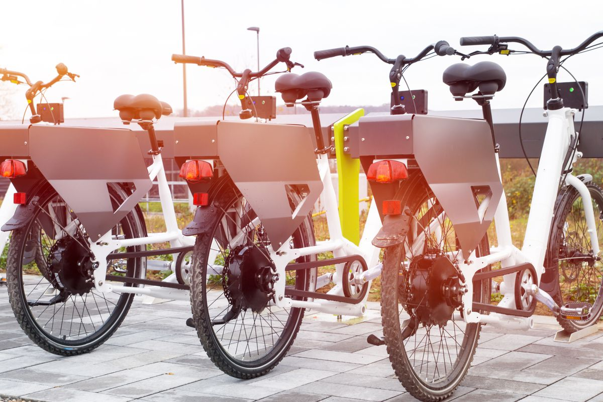 Electrictwo-wheelers are taking Europe and Asia by storm, and big cities like Los Angeles and Atlanta havea growing market of e-bikeson the streets, and the prospects of commuter adaptationseem promising.