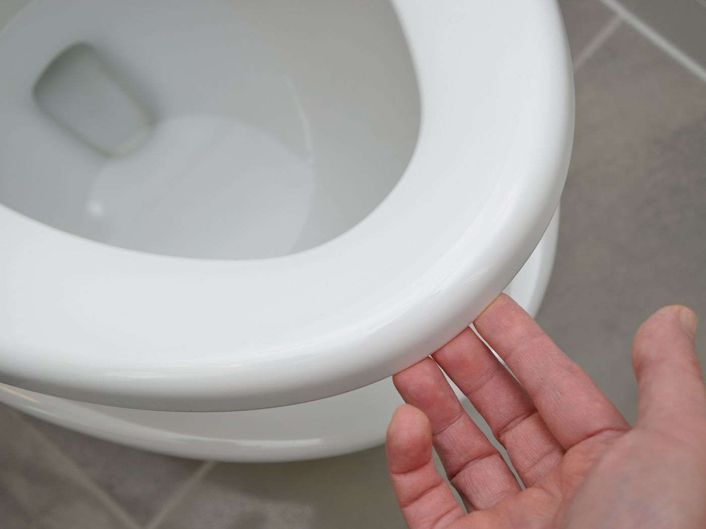 The Case Against Always Leaving The Toilet Seat Down Vox