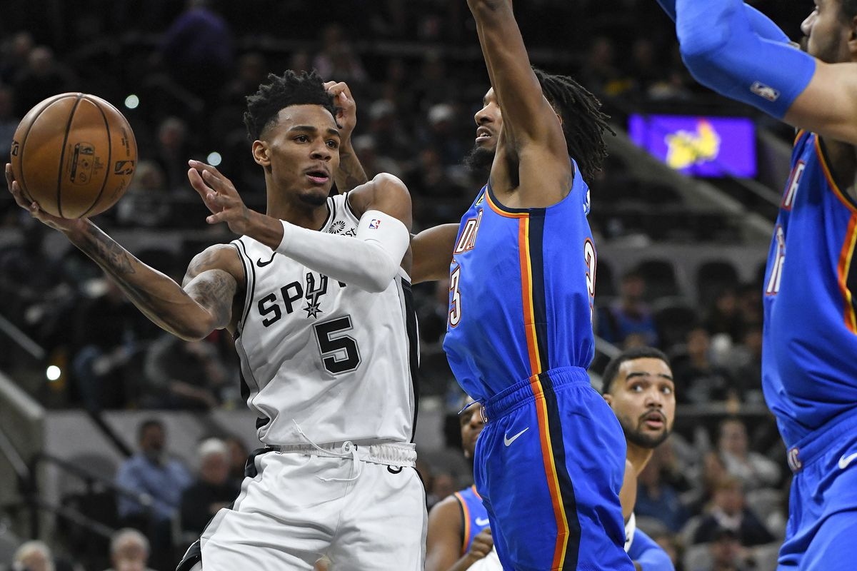 LaMarcus leads Spurs to 121-112 win over Thunder