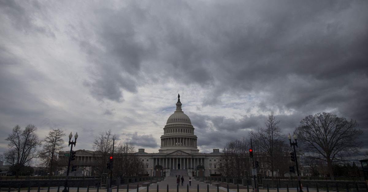 New polling shows voters — including independents — want Congress to pass an anti-corruption bill