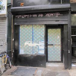 """Beverly's at 21 Essex. [<a href=""""http://www.boweryboogie.com/2012/08/beverlys-identified-as-new-art-bar-at-21-essex/"""">Boogie</a>]"""