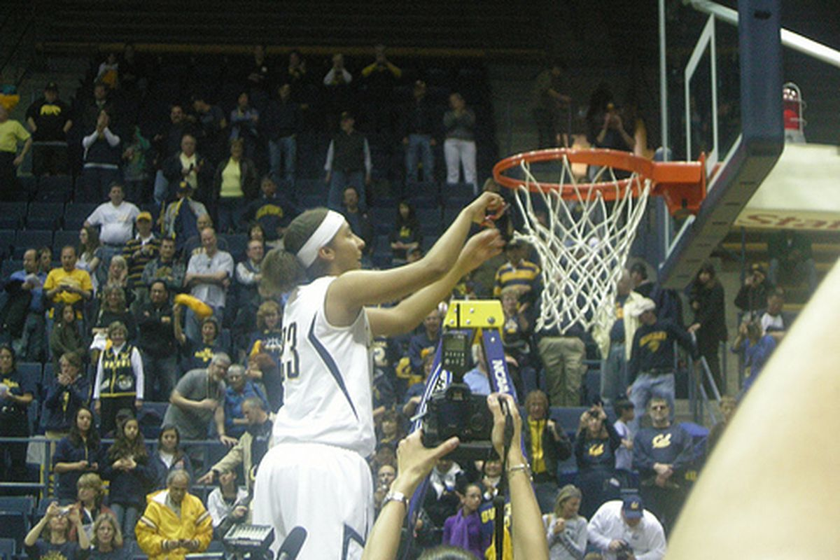 It's not just the men who got to cut down the nets last season!