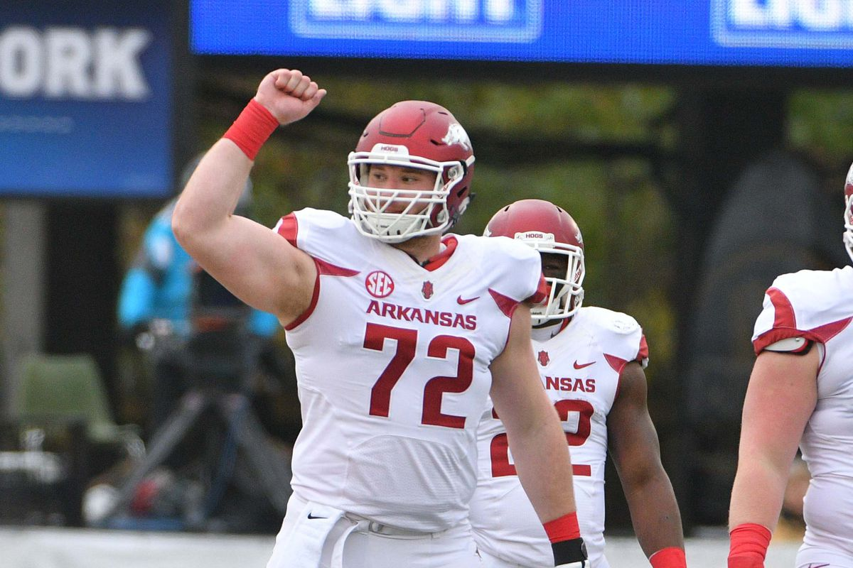 2dec9916a Frank Ragnow Drafted In First Round by Detroit - Arkansas Fight