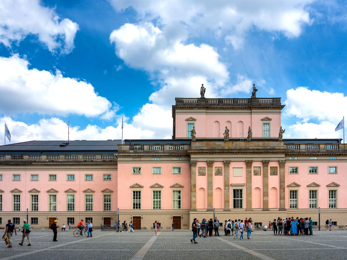 The exterior of the Berlin State Opera. The facade is pink.