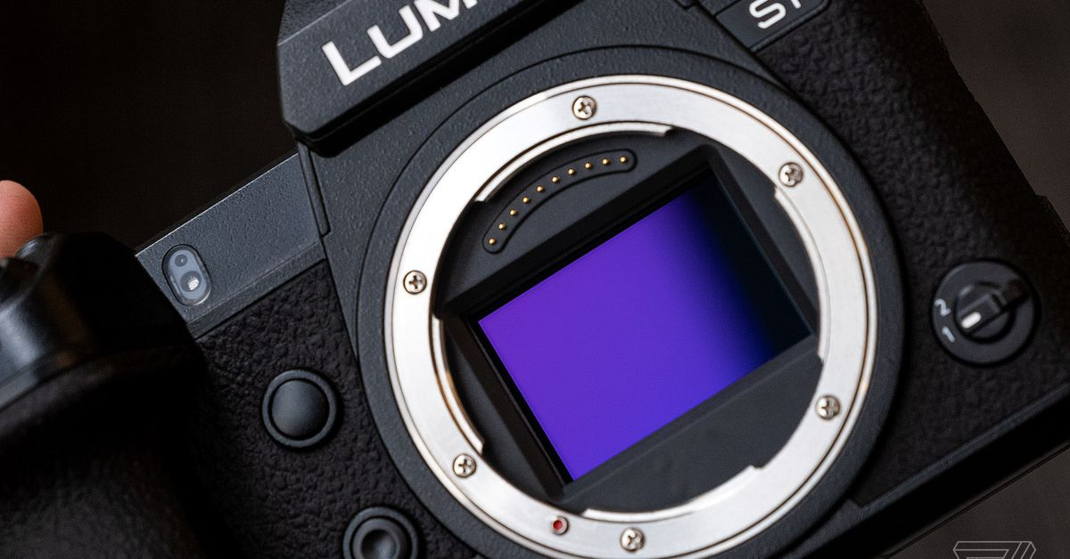 Panasonic's new Lumix tool turns your camera into a webcam – The Verge