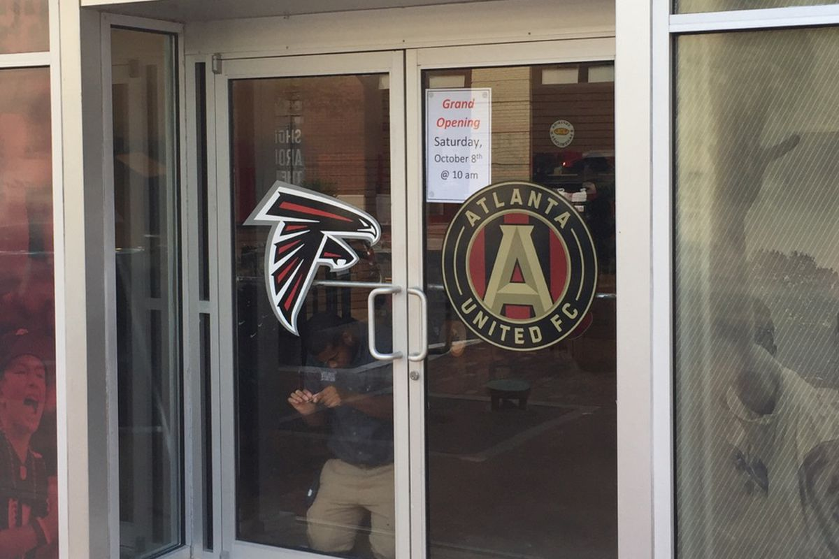 brand new 01702 b12e4 Official Atlanta United team store at Mercedes-Benz Stadium ...