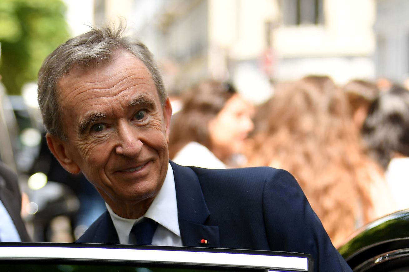 Rossoneri Round Up for Nov 16: Rumours Resurface Of Possible Milan Takeover By Bernard Arnault of LVMH