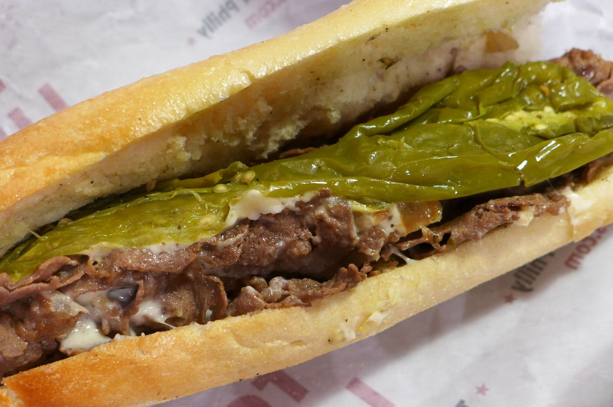 Cheese steak with American and long pepper