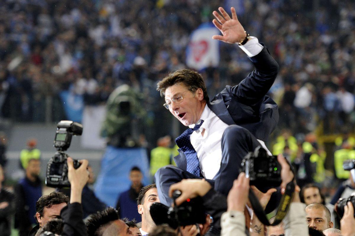 Napoli coach Walter Mazzarri just might be headed for a fall.