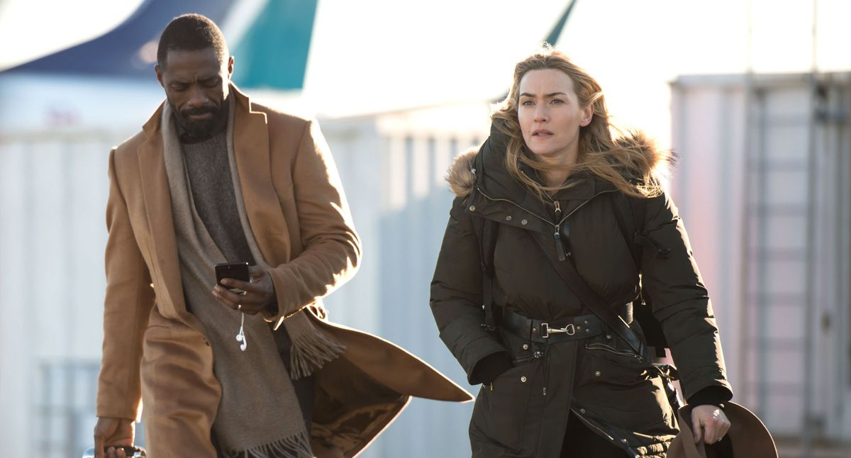 Idris Elba and Kate Winslet in The Mountain Between Us