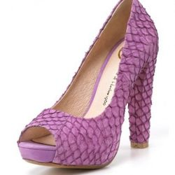 """<i><a href=""""http://www1.bloomingdales.com/catalog/product/index.ognc?ID=513862&cm_mmc=Froogle-_-n-_-n-_-n"""" rel=""""nofollow"""">Pearl Pumps in Purple</a></i>, $225<br /><br />"""