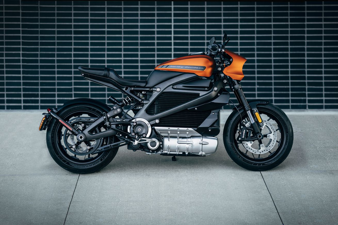 harley davidson debuts its first electric motorcycle coming 2019
