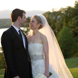 On July 31st, 2010, Chelsea Clinton wed Marc Mezvinsky in a silk organza Vera Wang dress.