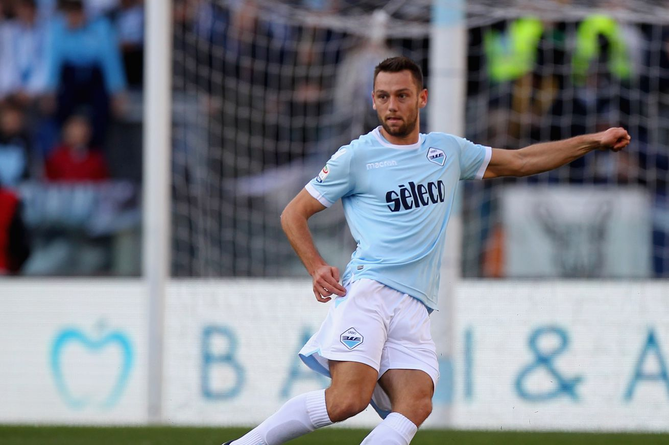Inter Milan could be close with de Vrij
