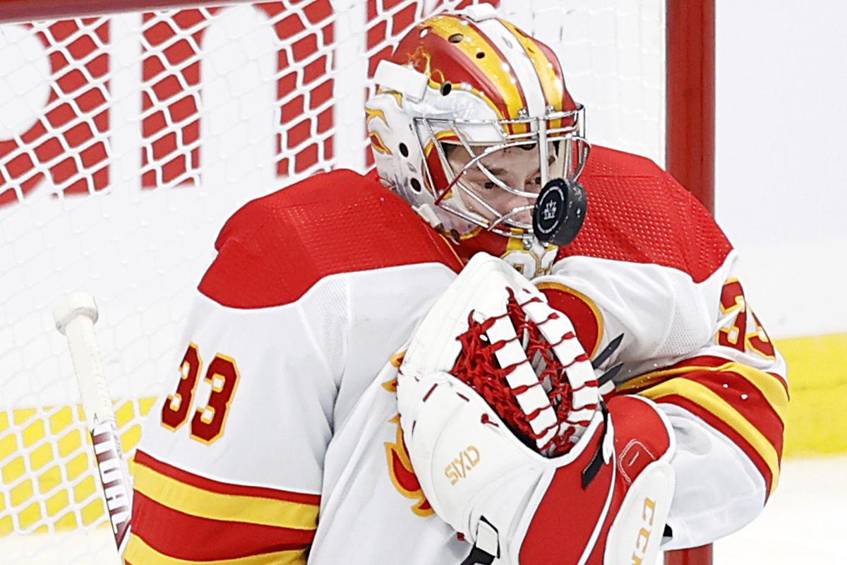 NHL: Calgary Flames at Winnipeg Jets