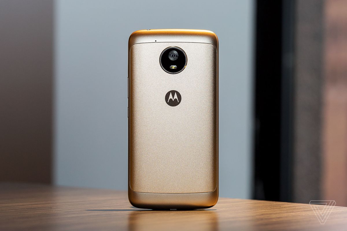 Motorola moto e4 plus review a utilitarian workhorse the verge the 5000mah battery will not die biocorpaavc Gallery