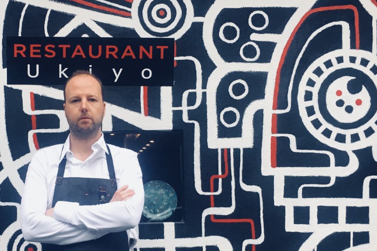 Marco Prins stands in front of Ukiyo