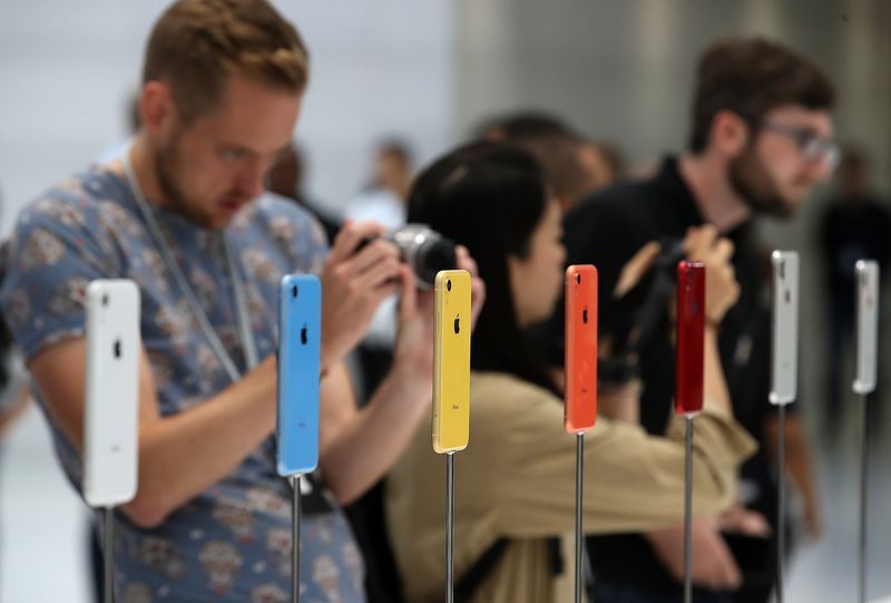 1032303322.jpg 6 things to know about Apple's latest product announcement