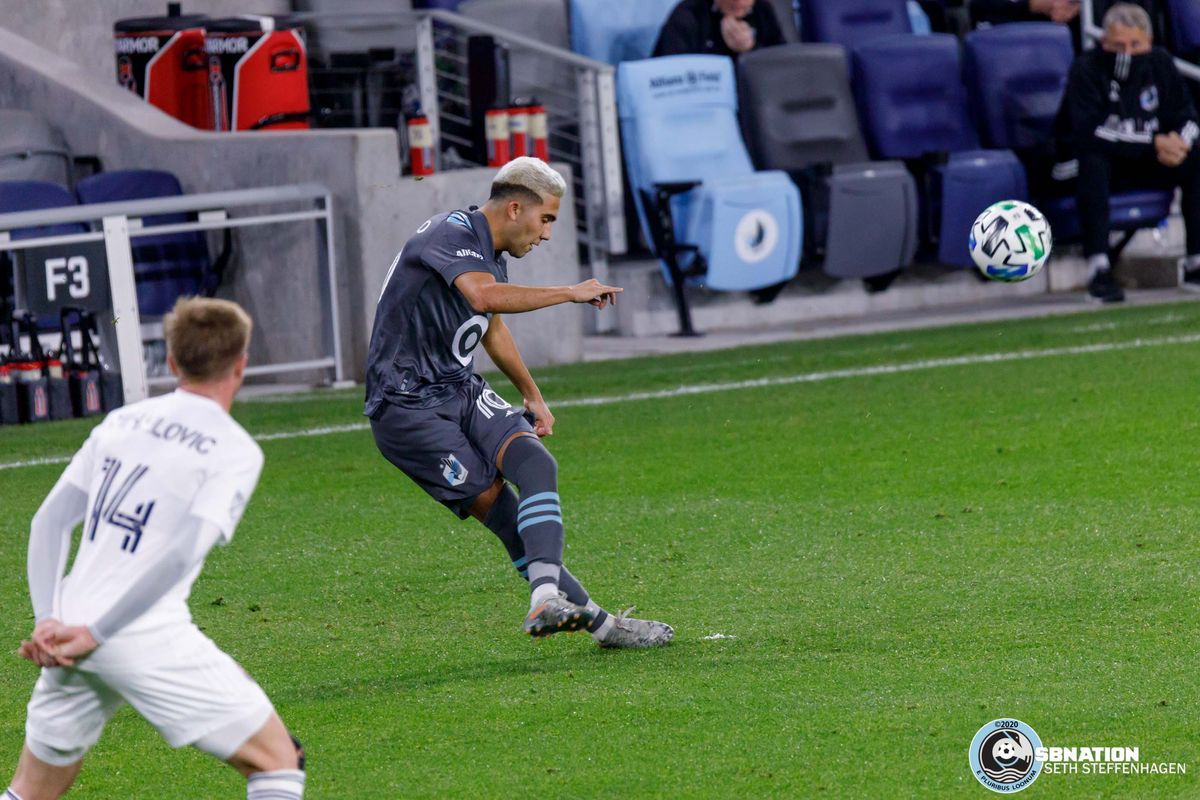 November 4, 2020 - Saint Paul, Minnesota, United States - Minnesota United midfielder Emanuel Reynoso (10) takes a free kick and assists teammate Jose Aja on a goal during the match against the Chicago Fire at Allianz Field.