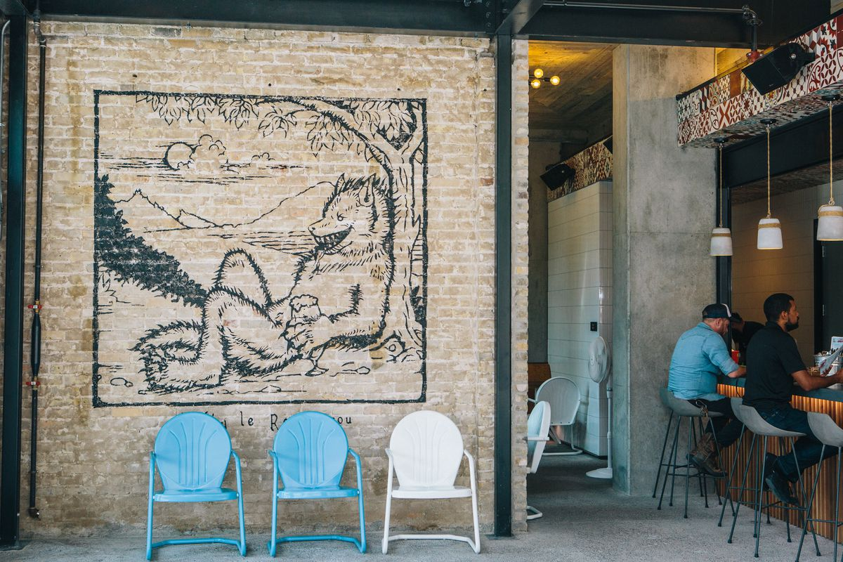 A mural of a rougarou (Cajun werewolf) at Lefty's