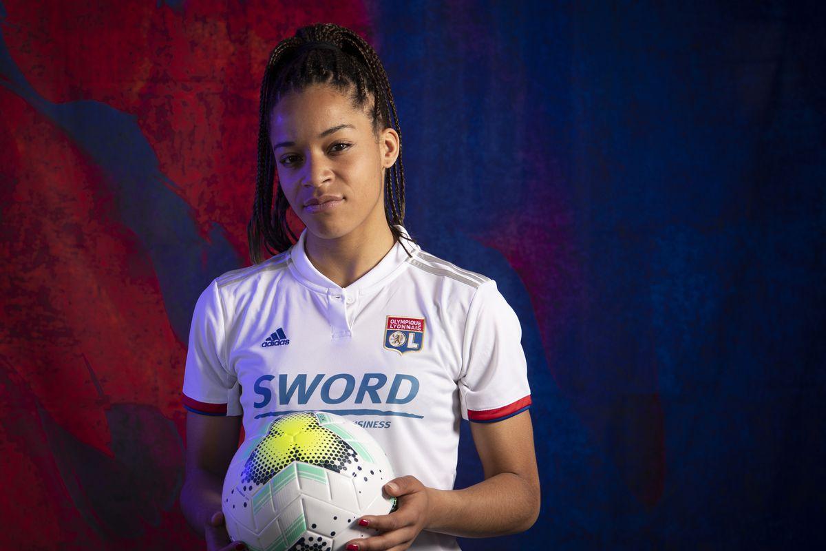 UEFA Women's Champions League Portrait Shoots: Olympique Lyonnais