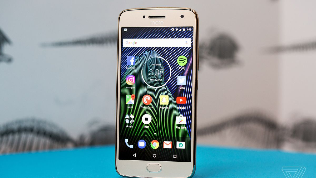 sale retailer d305c 91f9e Moto G5 Plus review: a new value champion - The Verge
