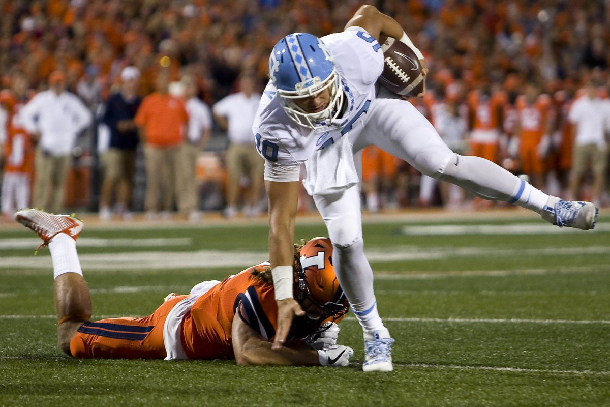 NCAA Football: North Carolina at Illinois