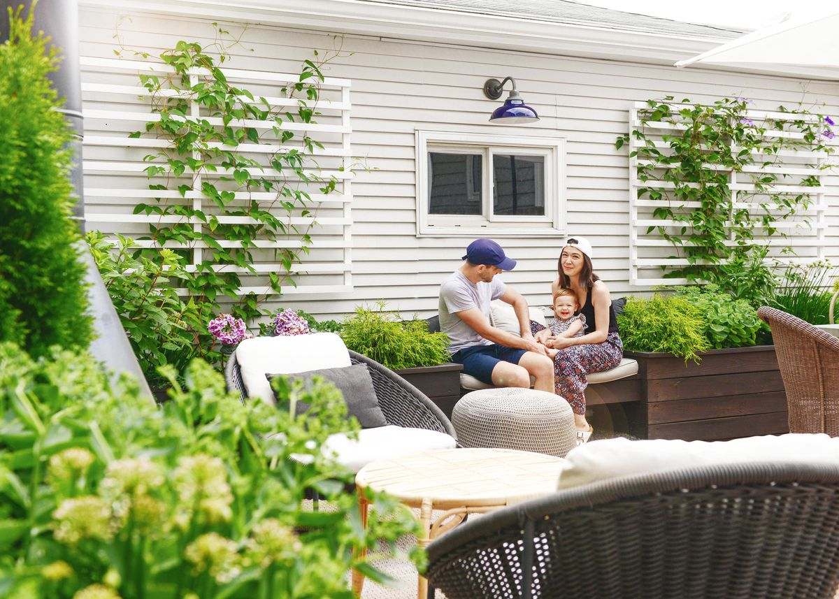 Summer 2021 Outdoor Rooms, Yellow Brick Home, Kim and Scott Vargo, with their then 1½-year-old daughter, Lucy