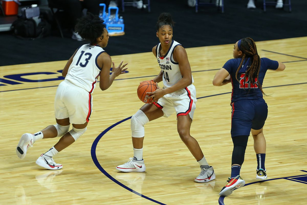 COLLEGE BASKETBALL: MAR 06 Big East Women's Basketball Tournament - St Johns v UConn