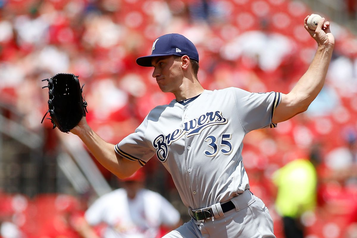 Milwaukee Brewers v St Louis Cardinals - Game One