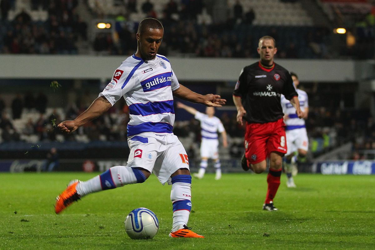 LONDON, ENGLAND - APRIL 04:  Wayne Routledge of QPR scores the third goal during the npower Championship match between Queens Park Rangers and Sheffield United at Loftus Road on April 4, 2011 in London, England.  (Photo by Julian Finney/Getty Images)