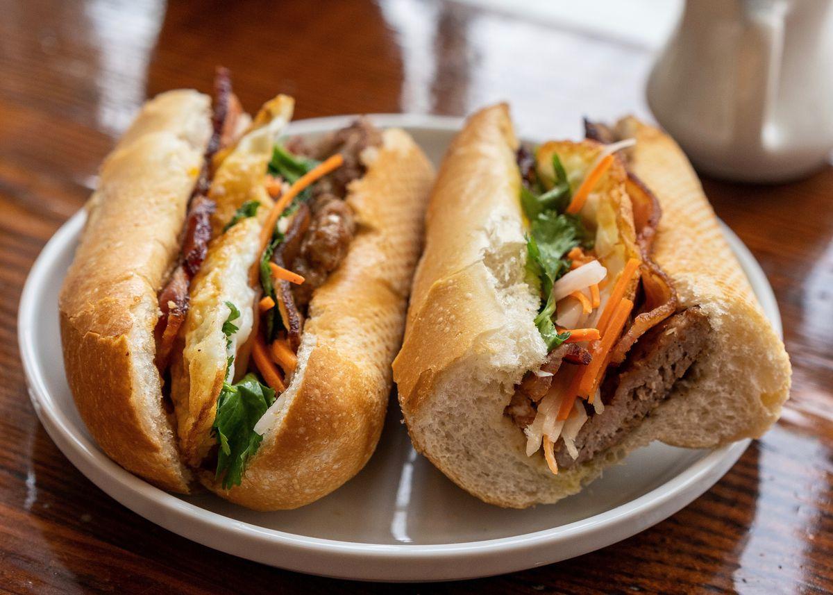 banh mi sandwich on a plate