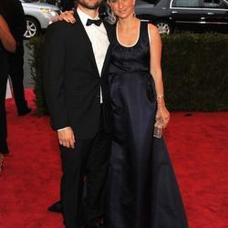 Tobey Maguire and Jennifer Meyer (both in Prada)
