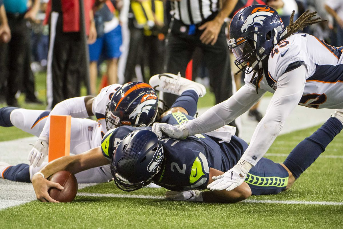 Managing preseason expectations: Denver Broncos at Seattle Seahawks
