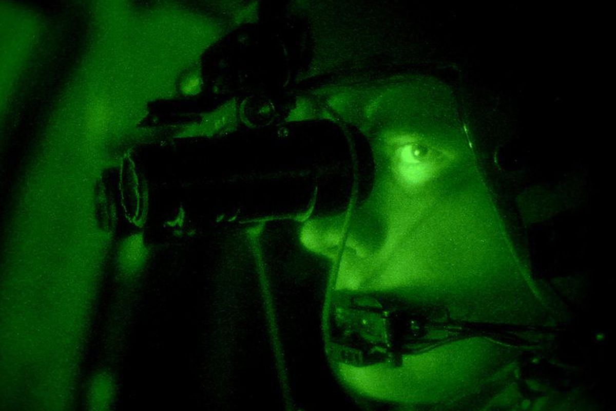 Night Vision goggles (Wikimedia commons)