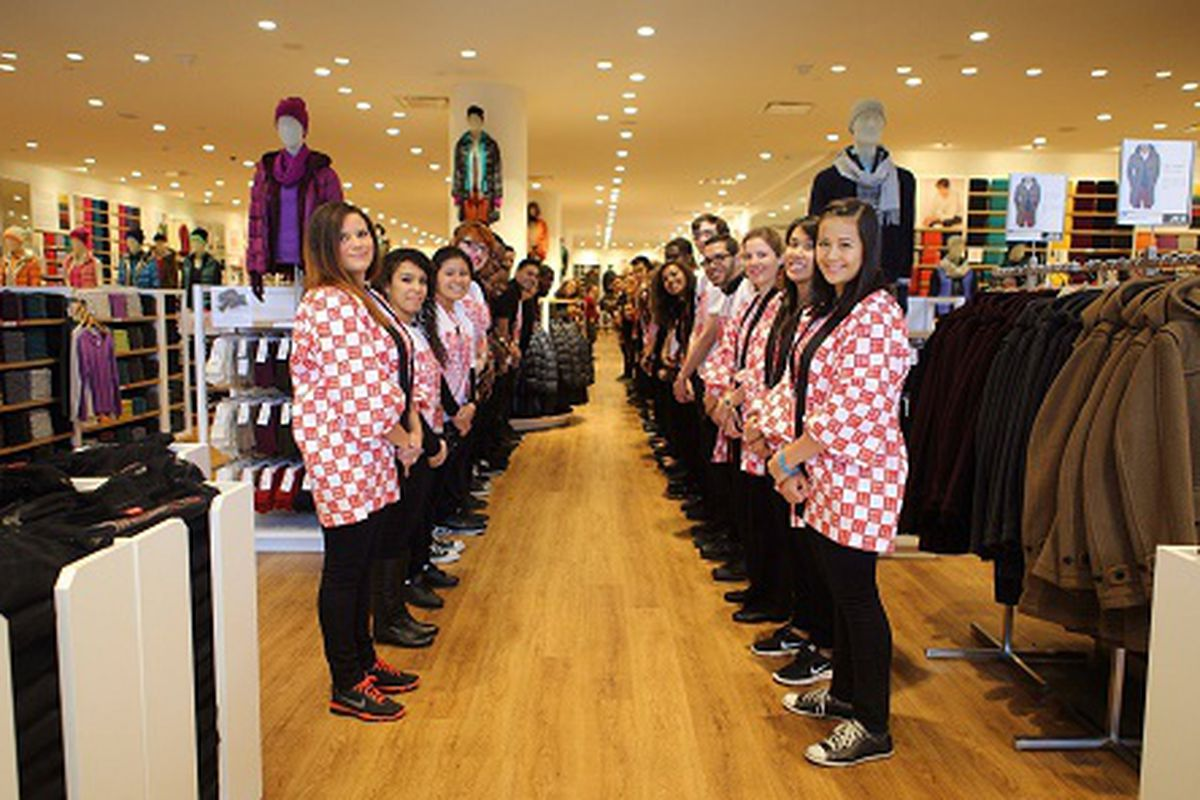 """This is what employee perfection looks like. Image credit: <a href=""""https://www.facebook.com/uniqlo.us/photos_stream"""">Uniqlo/Facebook</a>"""