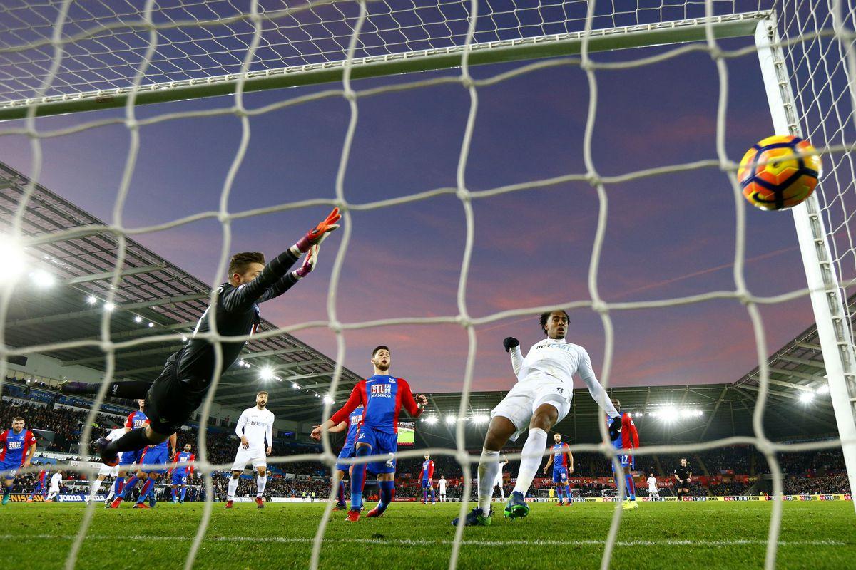 Swansea City v Crystal Palace - Premier League