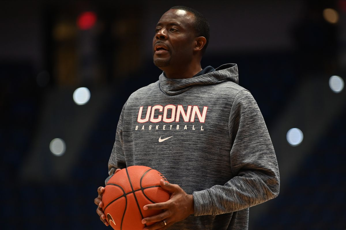 COLLEGE BASKETBALL: DEC 22 New Hampshire at UConn