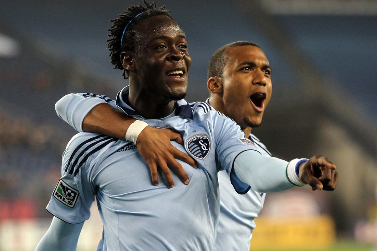 Sadly, only one of the world's douchebaggiest strike partnership will be in Toronto this Saturday.