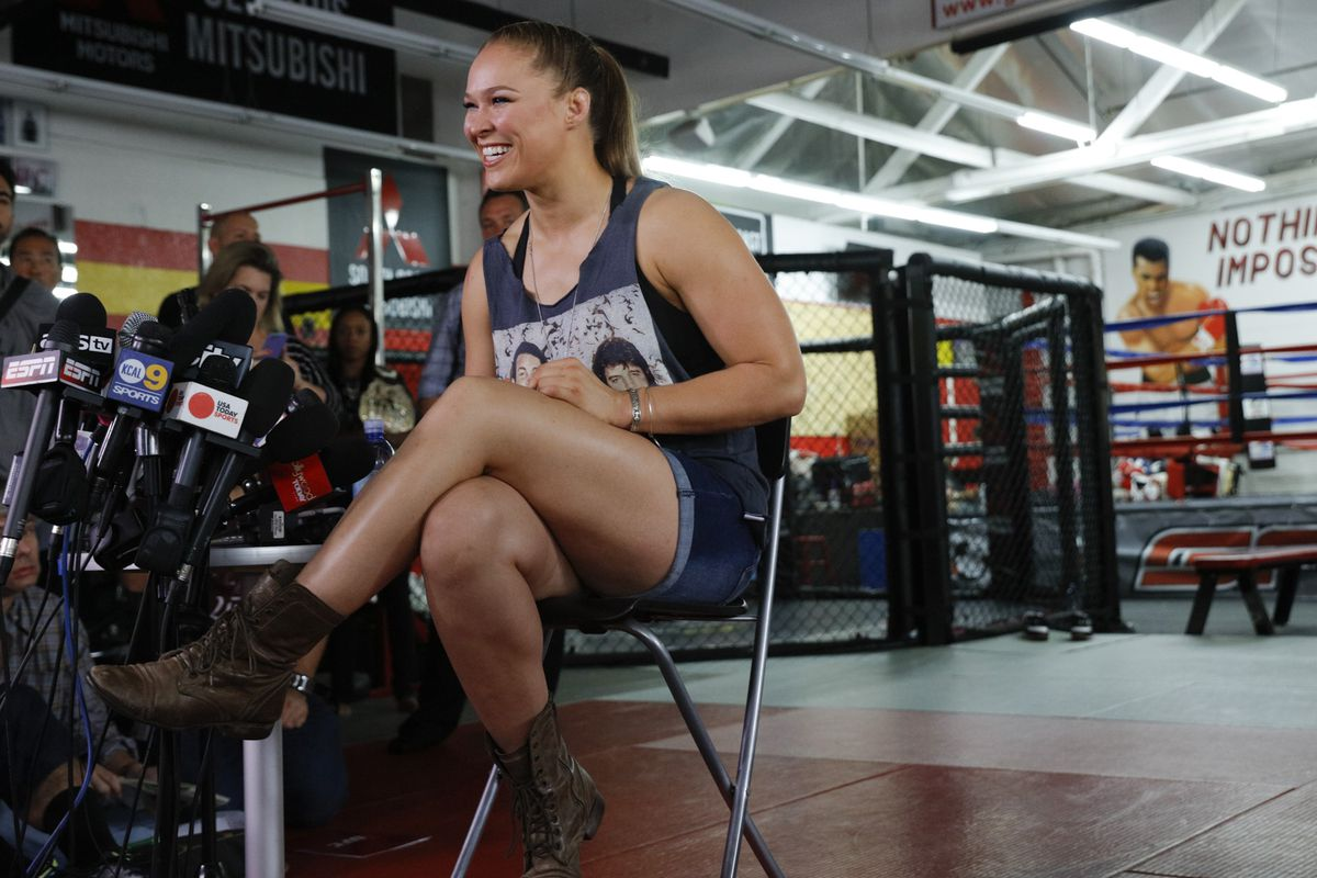 Ronda Rousey makes her UFC return at UFC 207 on Friday night.