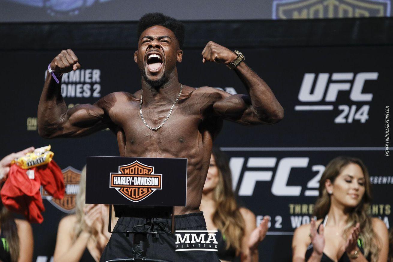 community news, UFC 214 weigh in photos