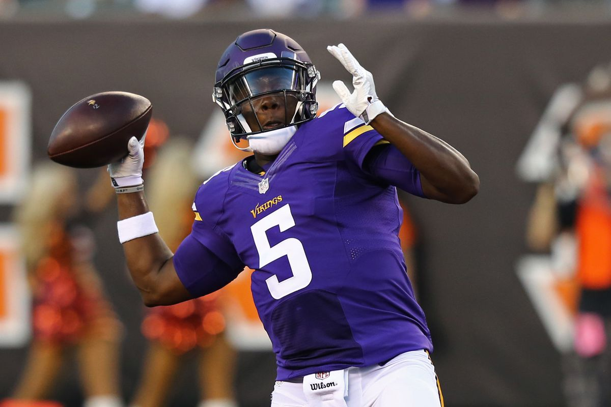 Teddy Bridgewater shuts up the Teddy Hater Army with this throw.